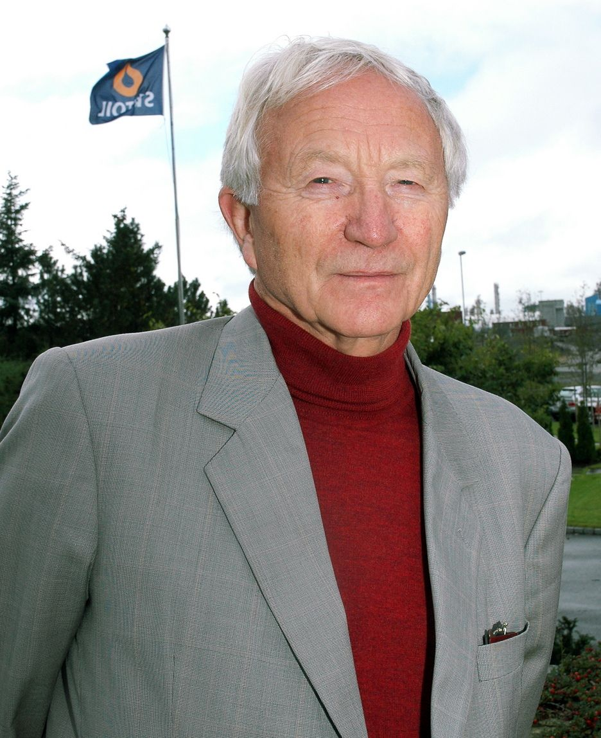 Tidligere Statoil-sjef Arve Johnsen. Nå har han skrevt bok, og viserer tydelig skepsis til Staoil Hydro-fusjonen.