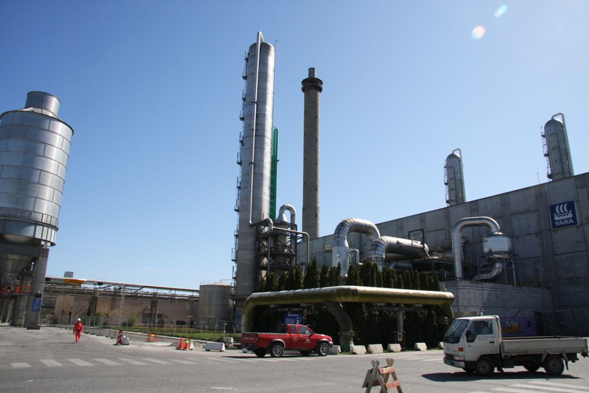 Industrien på Herøya får nyte godt av gassrørledningen fra Kårstø.