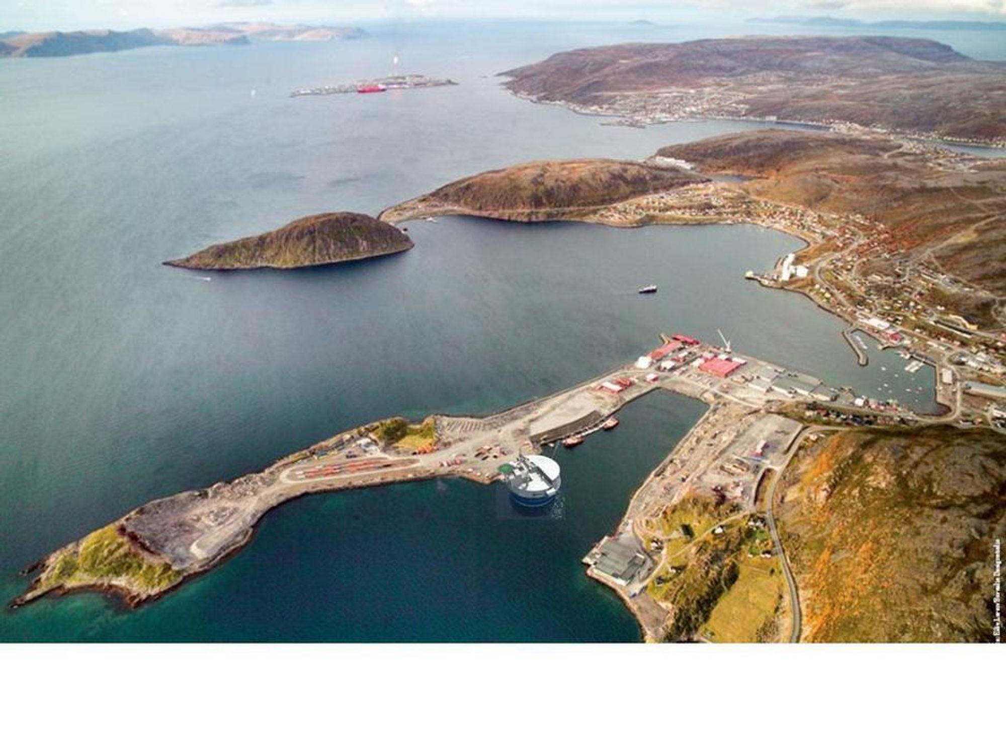 BASE: Den nye Eni-sjefen i Norge, Leonardo Stefani, får jobben med å fullføre utbyggingen av Goliat-feltet utenfor Finnmark. Illustrasjon viser en tenkt base for utbyggingen.