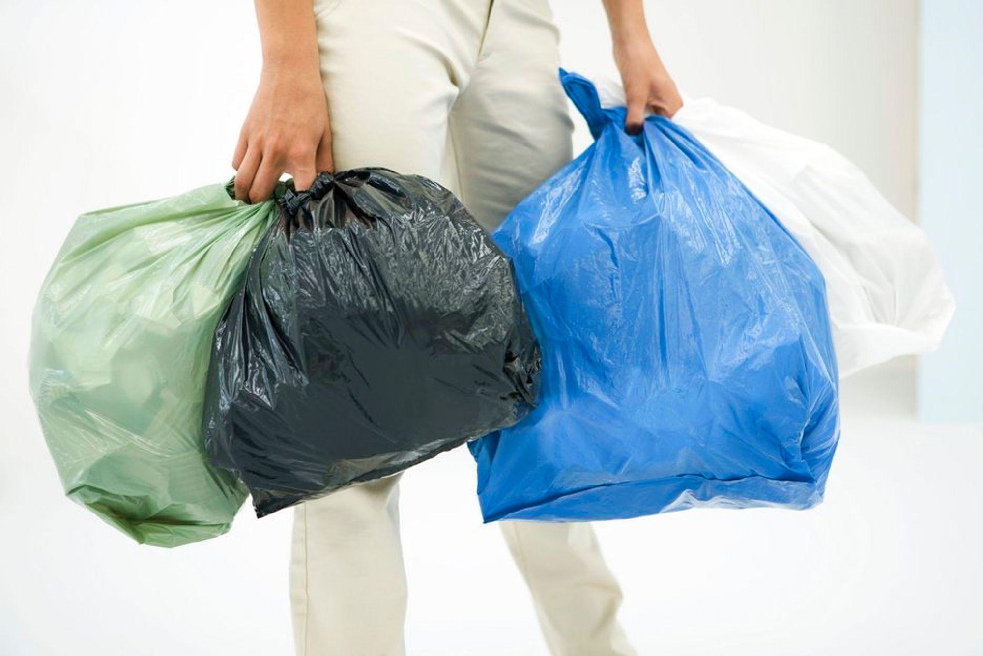 INNSATS: Sju britiske supermarkedkjeder klarte å halvere bruken av plastposer fra i fjor til i år.