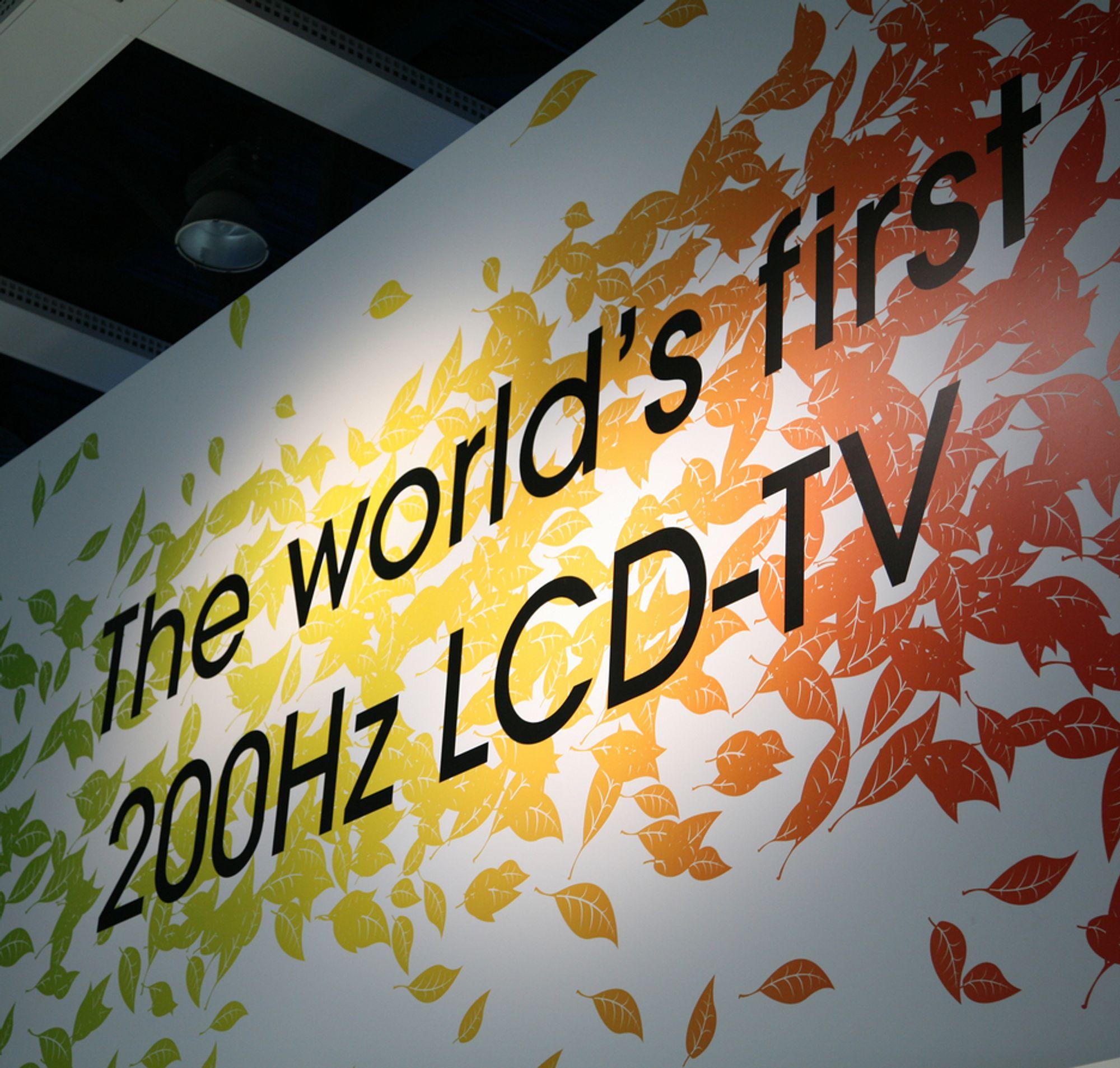IFA: Sony hadde tapetsert Berlin med reklame for 200 Hz-modellen.