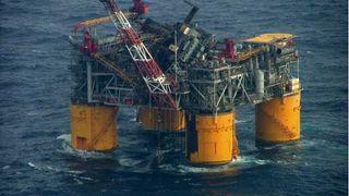 Ike vraket oljeplattformer
