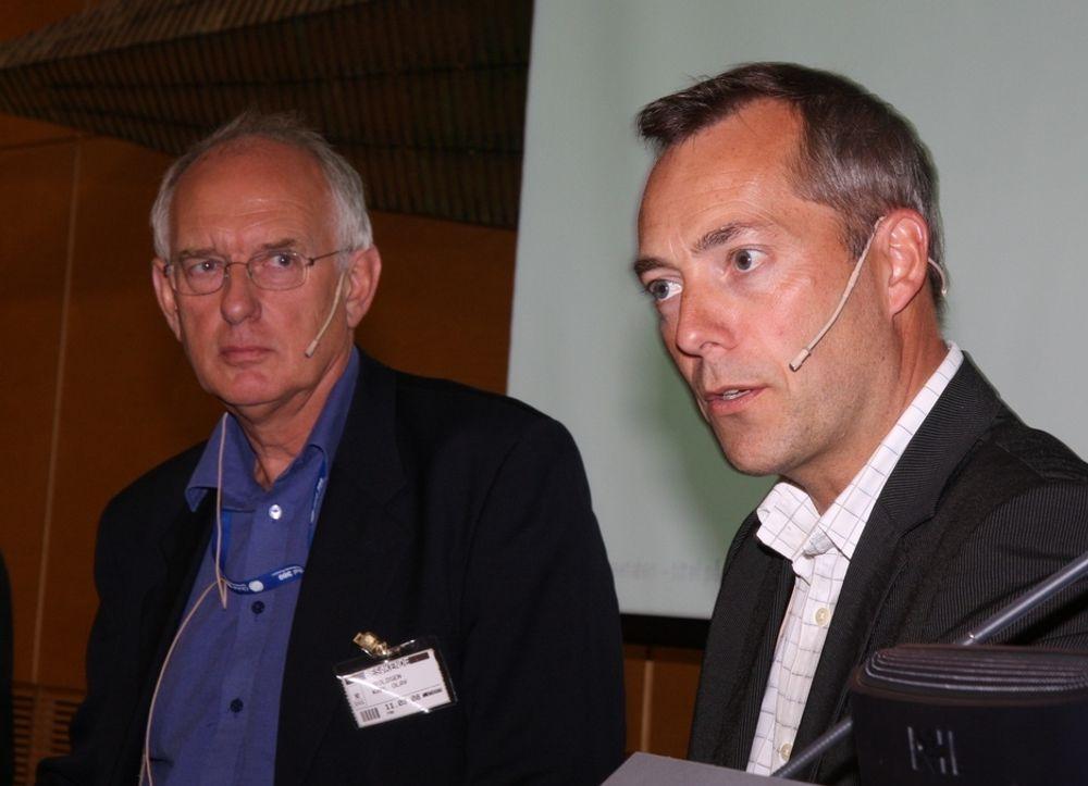 IT-direktør Karl Olav Wroldsen, Skatteetaten (t.v.), prosjektleder Gunnar Horn, IKT-arkitektur, Nav/FAD.