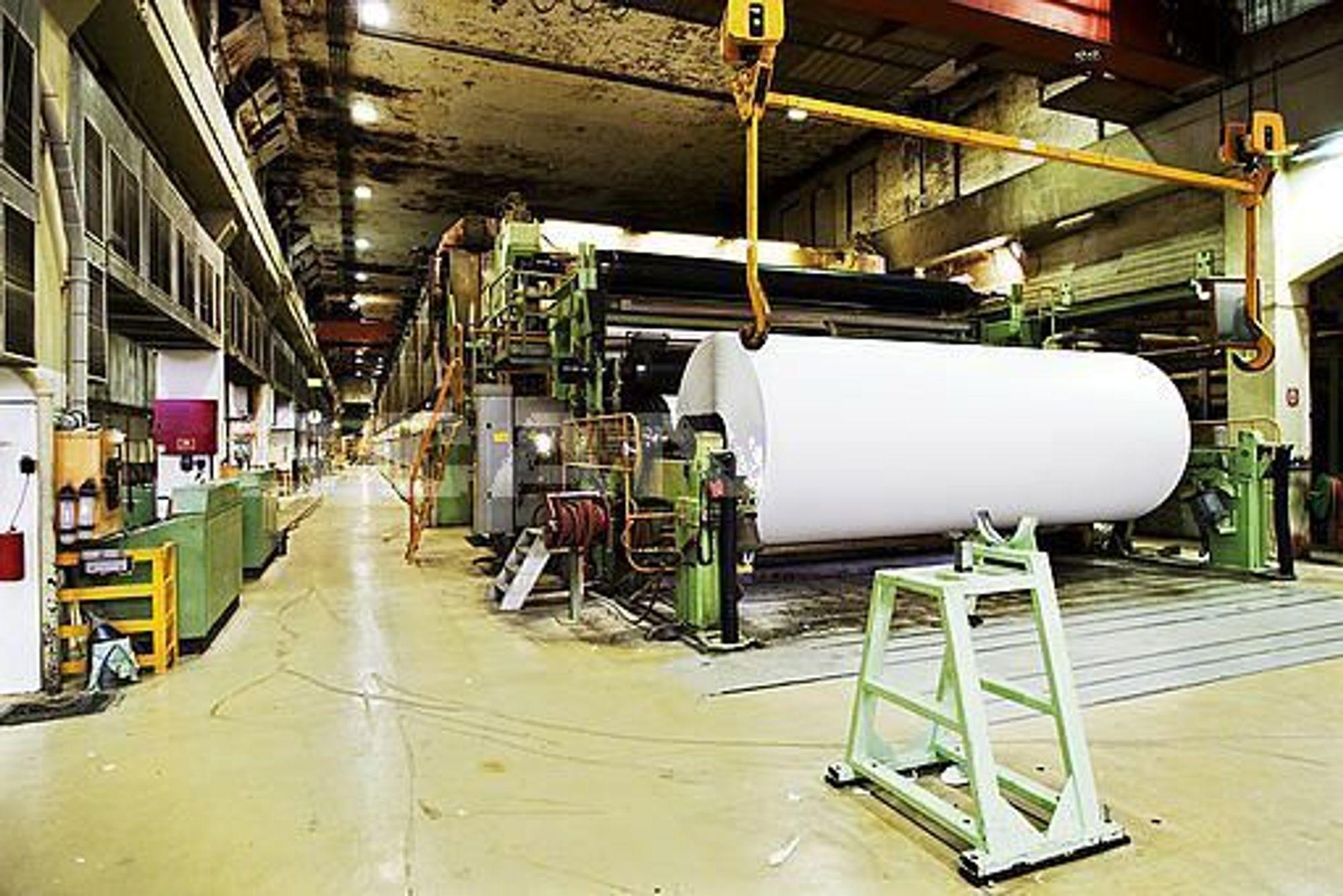 OPPGJØR: I dag møter skogeierne investortrioen Union og de amerikanske eierne i generalforsamlingen. Her er papirmaskinene på Follum i Hønefoss.