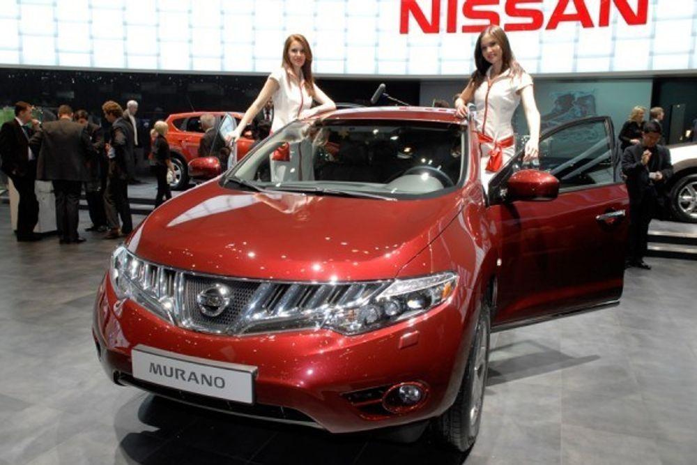 TRANGE TIDER: Nissan kvitter seg med 20 000 ansatte. Her fra lykkeligere tider, og lanseringen av andre generasjon av Nissans luksus-SUV Murano.