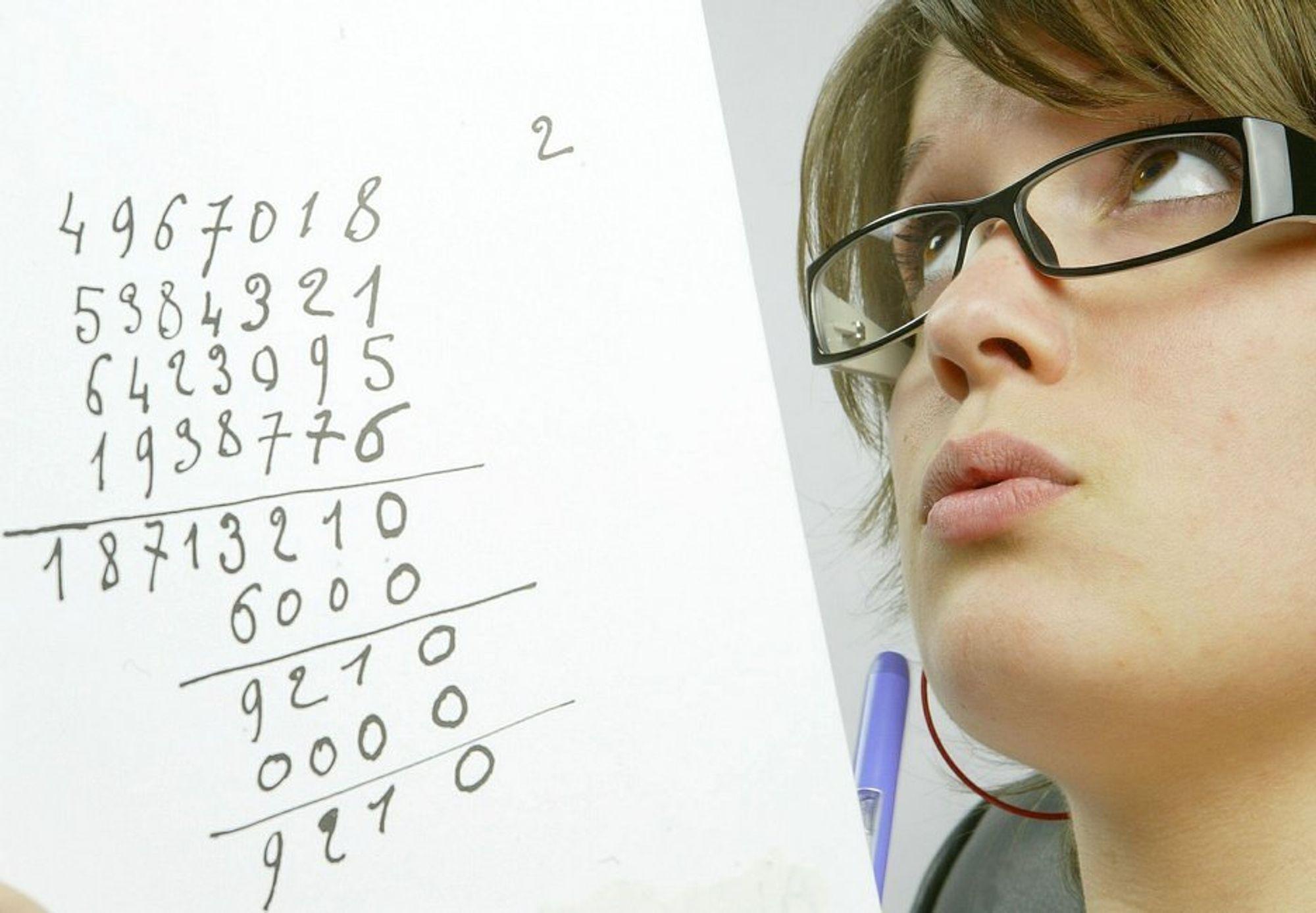 MYTE: Folk ser fortsatt på realister som nerder.