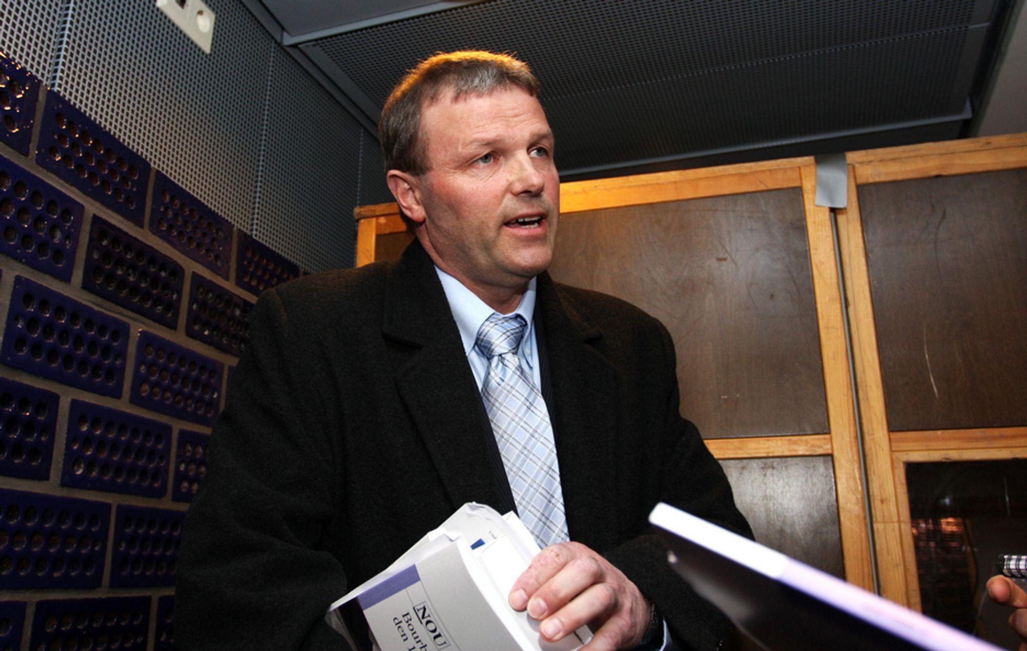 MÅ TA STILLING: Direktør Trond Myklebust i Bourbon Offshore Norway har en uke på seg til å ta stilling til boten etter det tragiske forliset i april 2007.