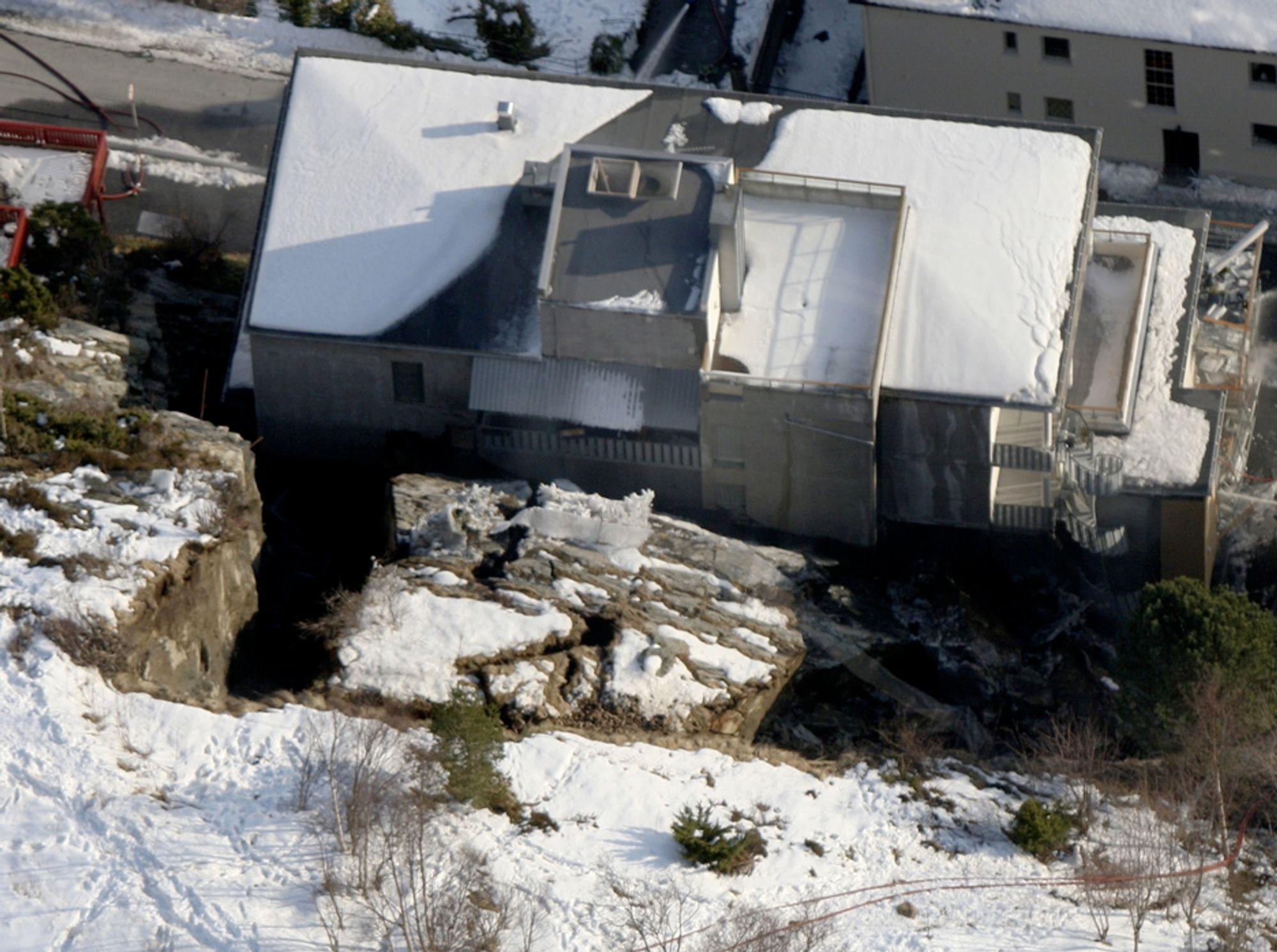 Etter Ålesund-raset etterlyser ingeniørgeologene større fokus på geokompetanse i norske byggeprosjekter.