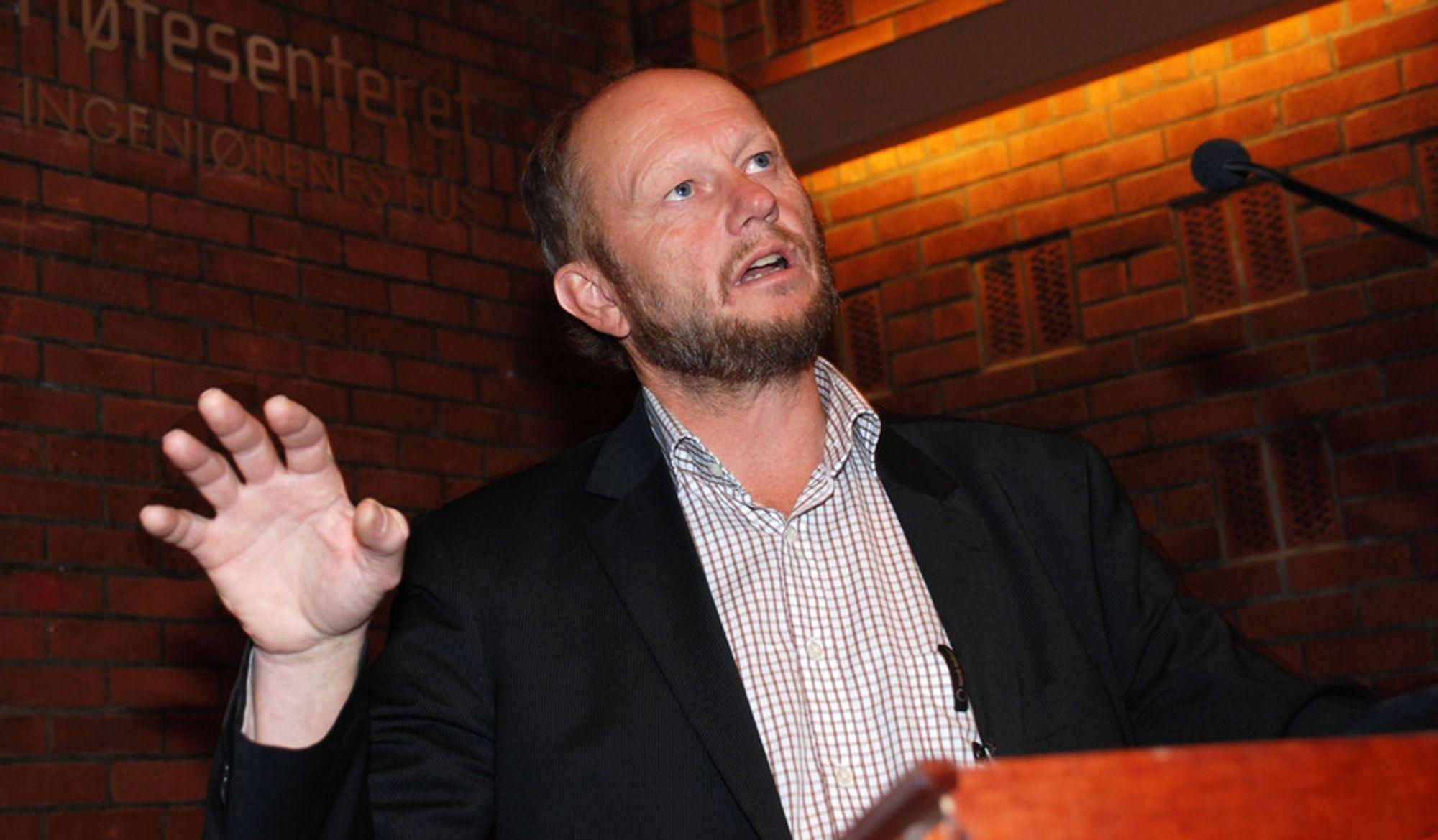BER OM FLERE SAMARBEIDSAVTALER: Staten må inngå samarbeidsavtaler med kvotepliktige industribedrifter. Hvis ikke blir ikke klimatiltak som koster mer en kvoteprisen ikke gjennomført i Norge, mener Stein Lier-Hanssen, administrerende direktør i Norsk Industri.