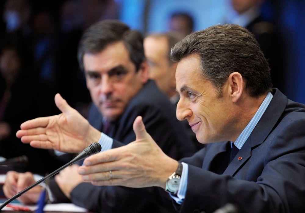 - HISTORISK: - Dette vil bli husket som et historisk møte, sa Nicolas Sarkozy etter at EUs toppmøte i dag vedtok klimapakken som beskriver hvilke forpliktende tiltak EUs 27 medlemsland skal sette inn for å nå målene om å kutte utslippene med 20 prosent innen 2020.