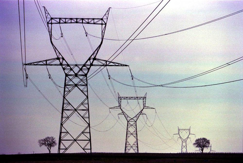 HØY ALDER: Også i Europa er strømnettet farlig nær slutten av sin levetid.