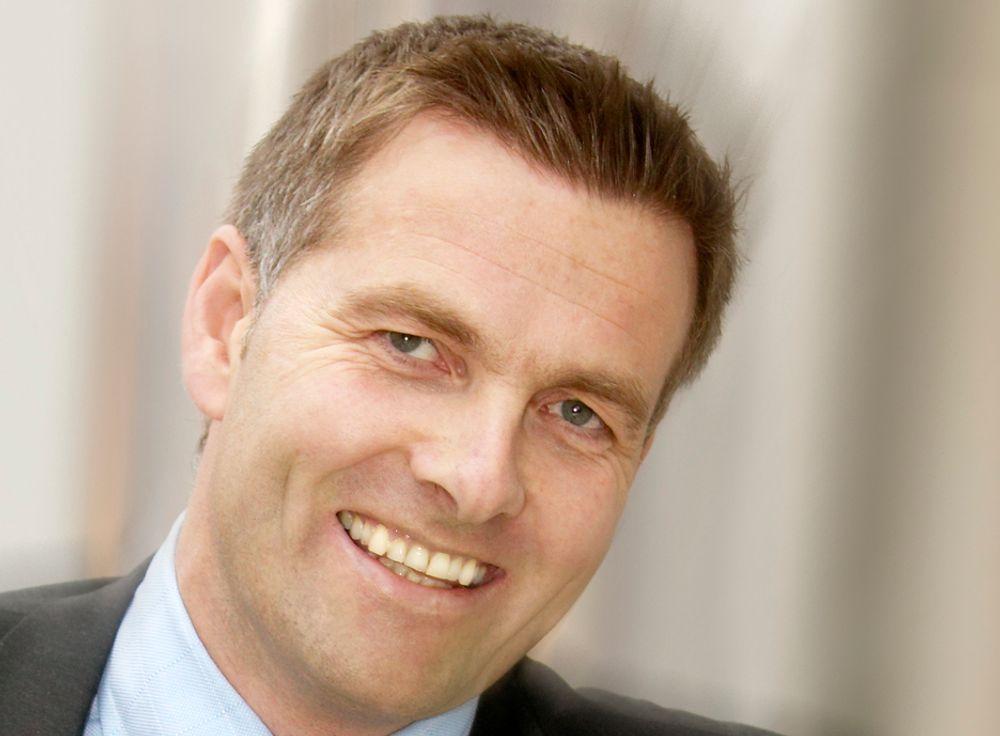 KONTRAKT MED UKJENT KUNDE: Administrerende direktør Kenneth Ragnvaldsen i Data Respons har tro på strategiske oppkjøp. 1. juli øker han antall ansatte fra 259 til 269 ansatte etter de har kjøpt opp Digitas.