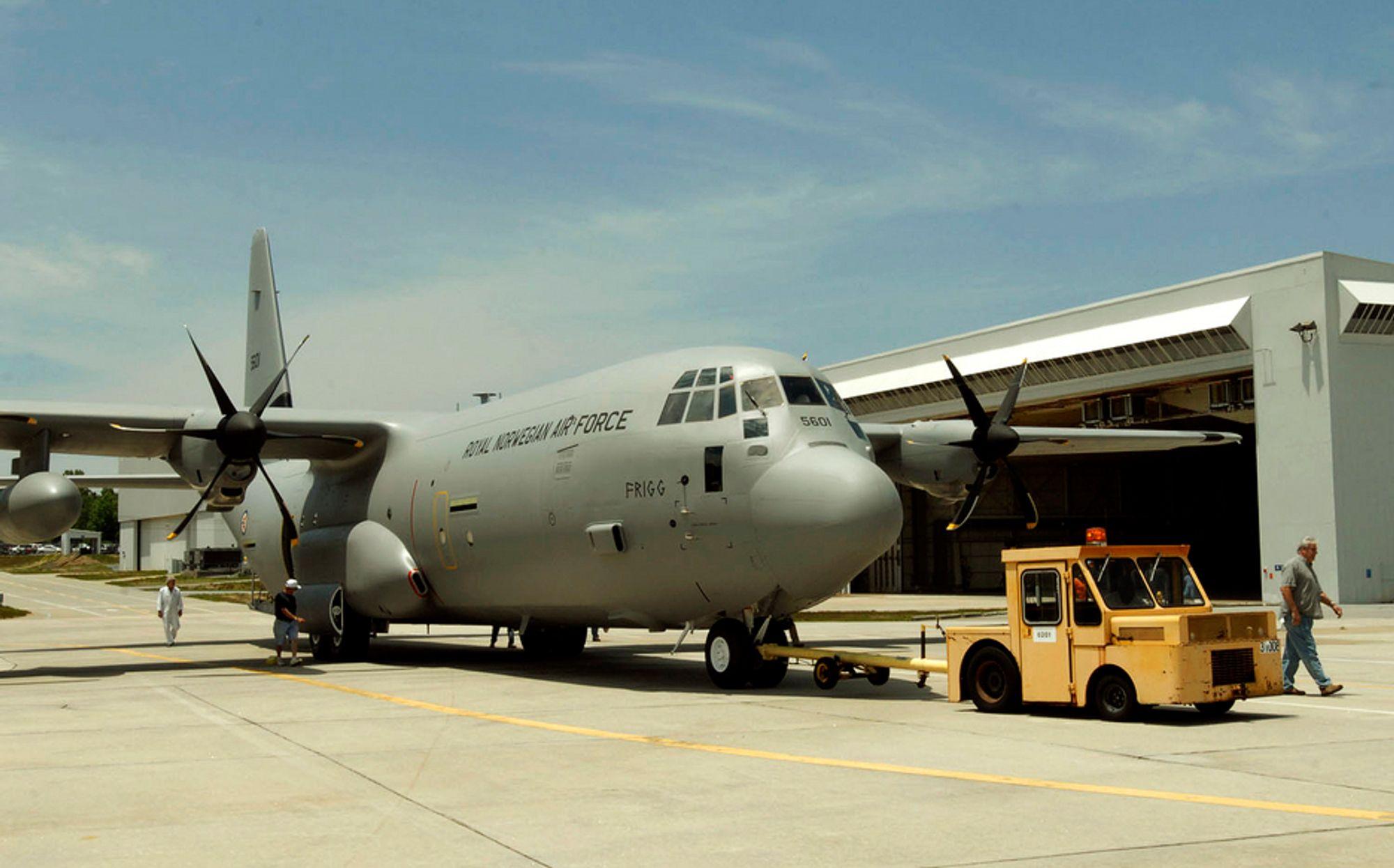 FRIGG: Forsvarets første Hercules C-130 J har fått navnet Frigg og leveres i november.