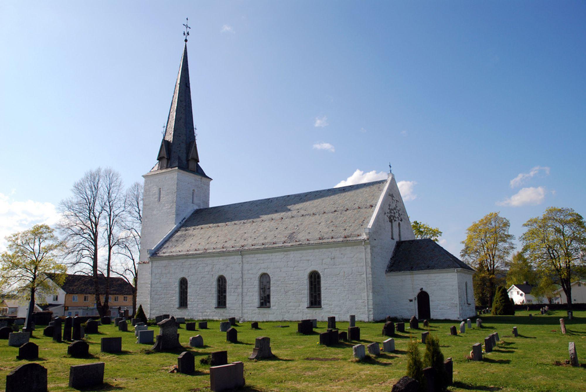 Stavsjø kirke i Ringsaker.