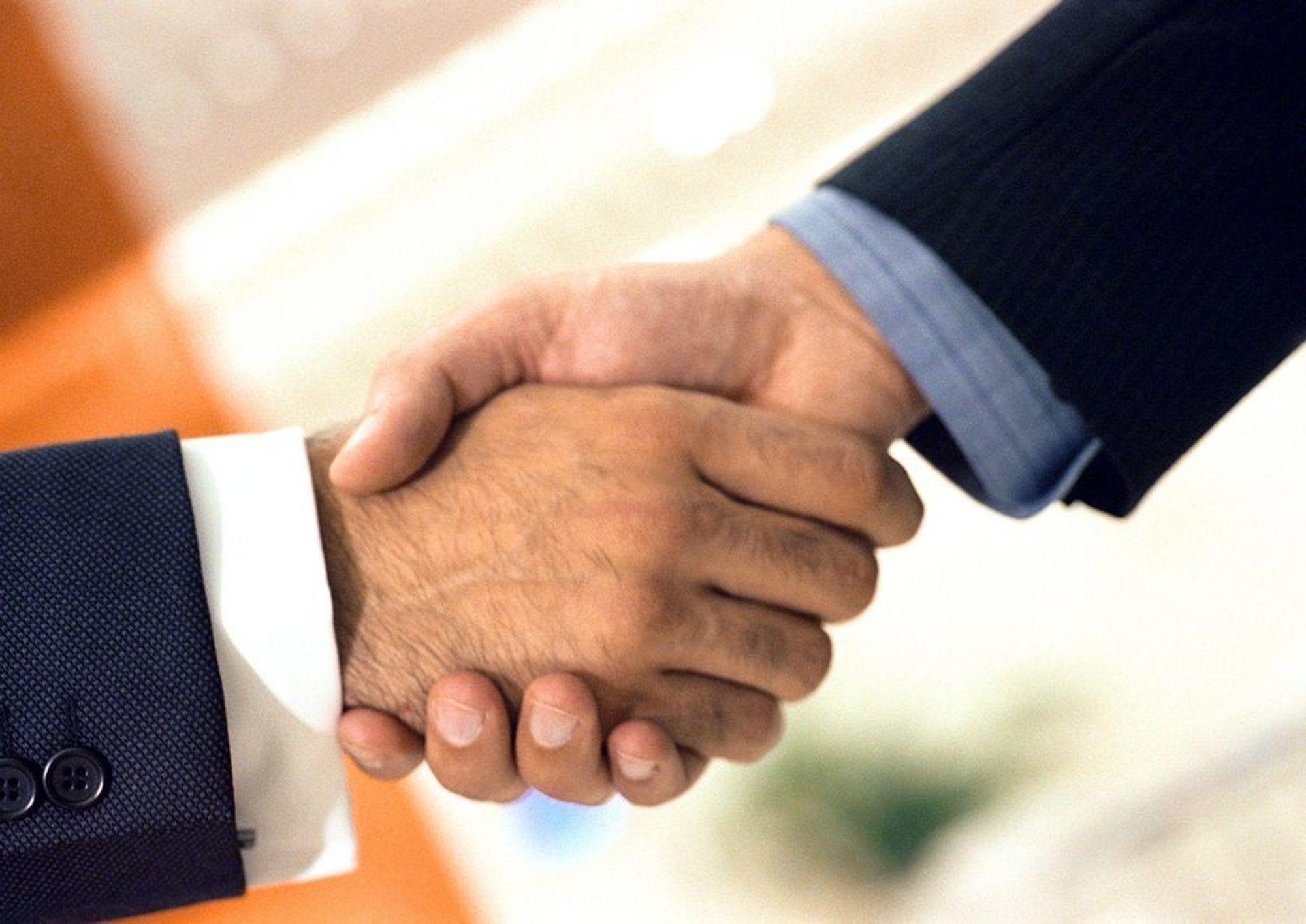 Avtalen er klar, men først 1. august er det økonomiske oppgjort etter handelen av Opera Wireless.
