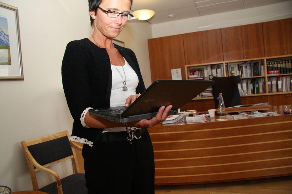 På nett: Sosiale medier på nettet står sentralt i den nye kommunikasjonspolitikken til fornyingsminister Heidi Grande Røys.