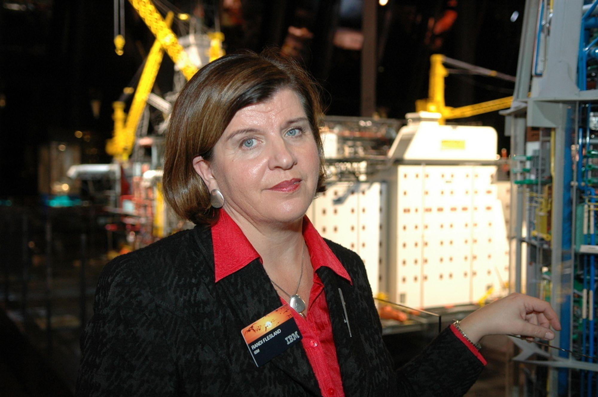 TVILER: Randi Flesland tviler på om StatoilHydro klarer å nå sine omstillingsmål.