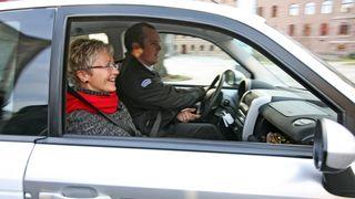 BILDESERIE: Første tur i el-taxien