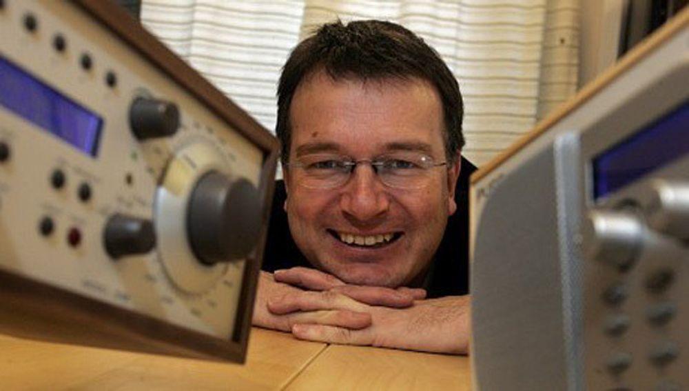 DIGITALRADIOSJEF:NRKs radiosjef og styreleder i Digitalradio Norge, Øyvind Vasaasen ønsker deg en dato for stengning av FM-nettet i Norge.