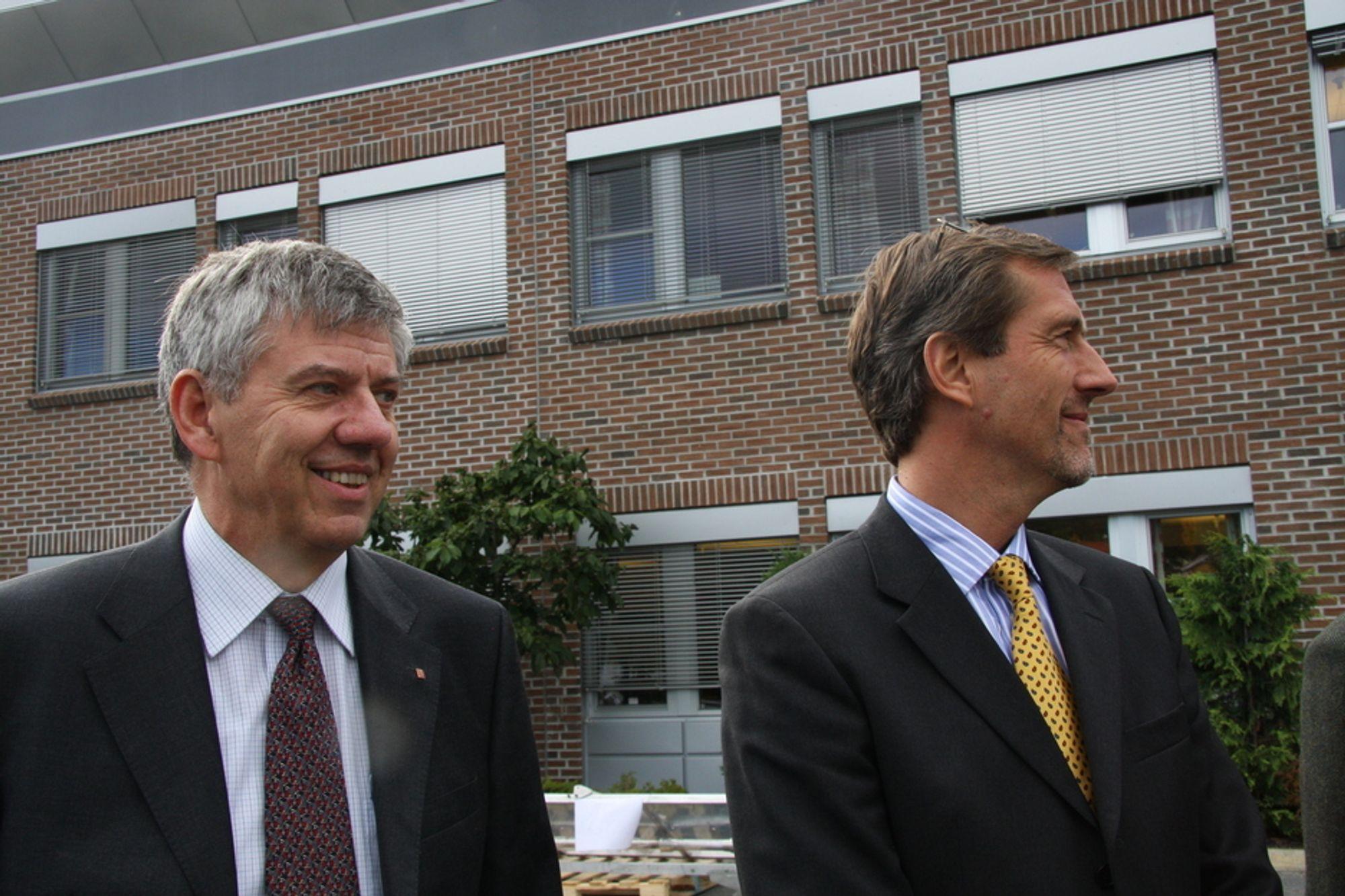 Administrerende direktør Kongsberg Defence & Aerospace Tom Gerhardsen og konsernsjef Walter Qvam under kapitalmarkedsdagen 2008