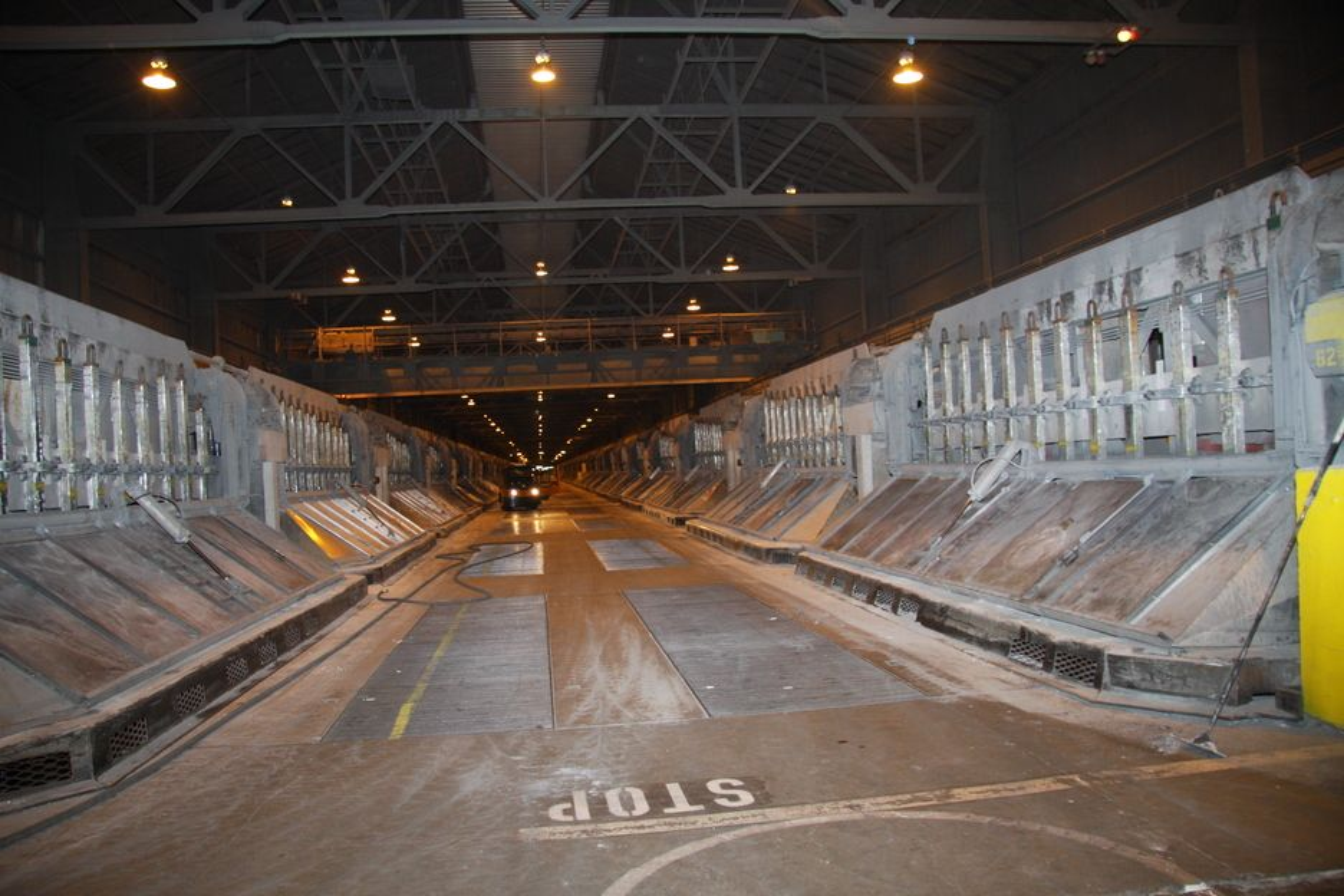 Sør-Norge Aluminium (Søral) har inngått langsiktige kraftkontrakter som skal muligheten for fortsatt drift. (Foto: Camilla Aadland)