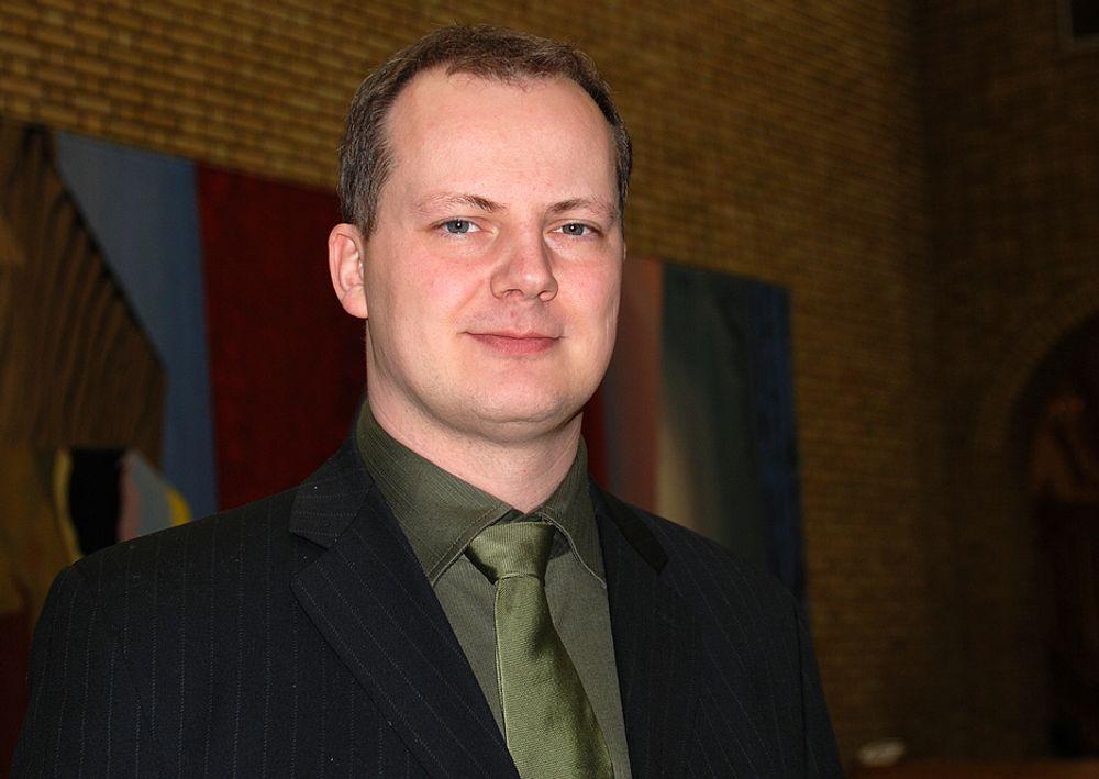 SKUFFET: Frps energipolitiske talsmann, Ketil Solvik-Olsen, er skuffet over at Magnhild Meltvedt Kleppa i dagens spørretime avviser et utvidet norsk engasjement i Euratom.