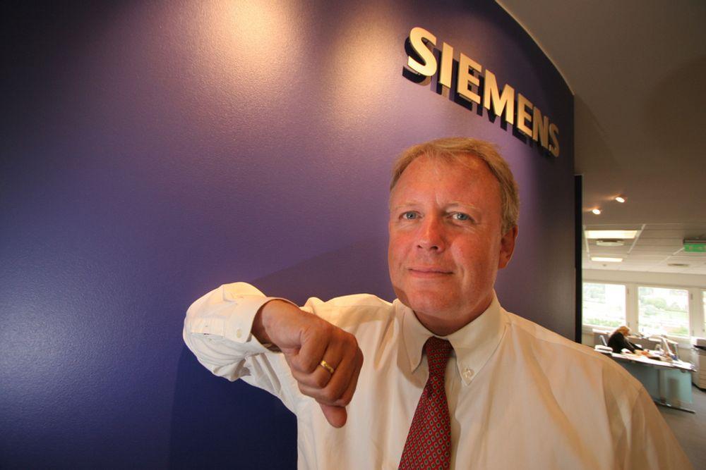 Siemens-direktør Per Otto Dyb mener hurtigladere kan trekke så mye strøm i en kort periode at deler av nabolag kan få problemer med strømtilførselen.
