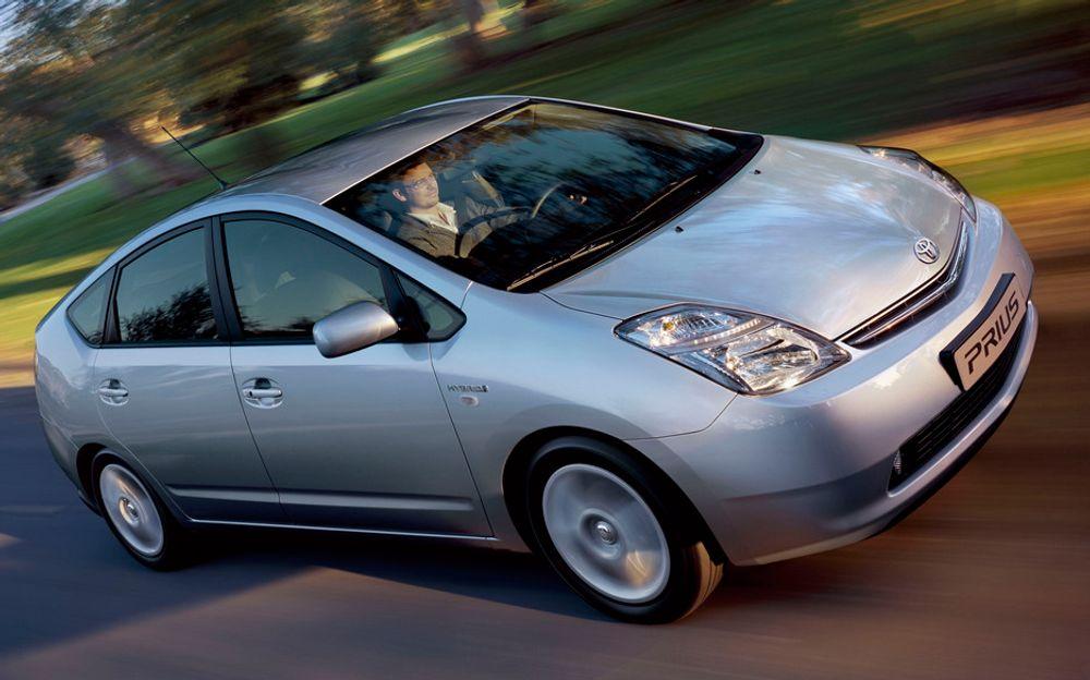 FORSKJELLER: Hybridbiler, som Toyota Prius, er populære i USA. I Europa er det imidlertid bare solgt i underkant av 9.000 biler så langt i år.