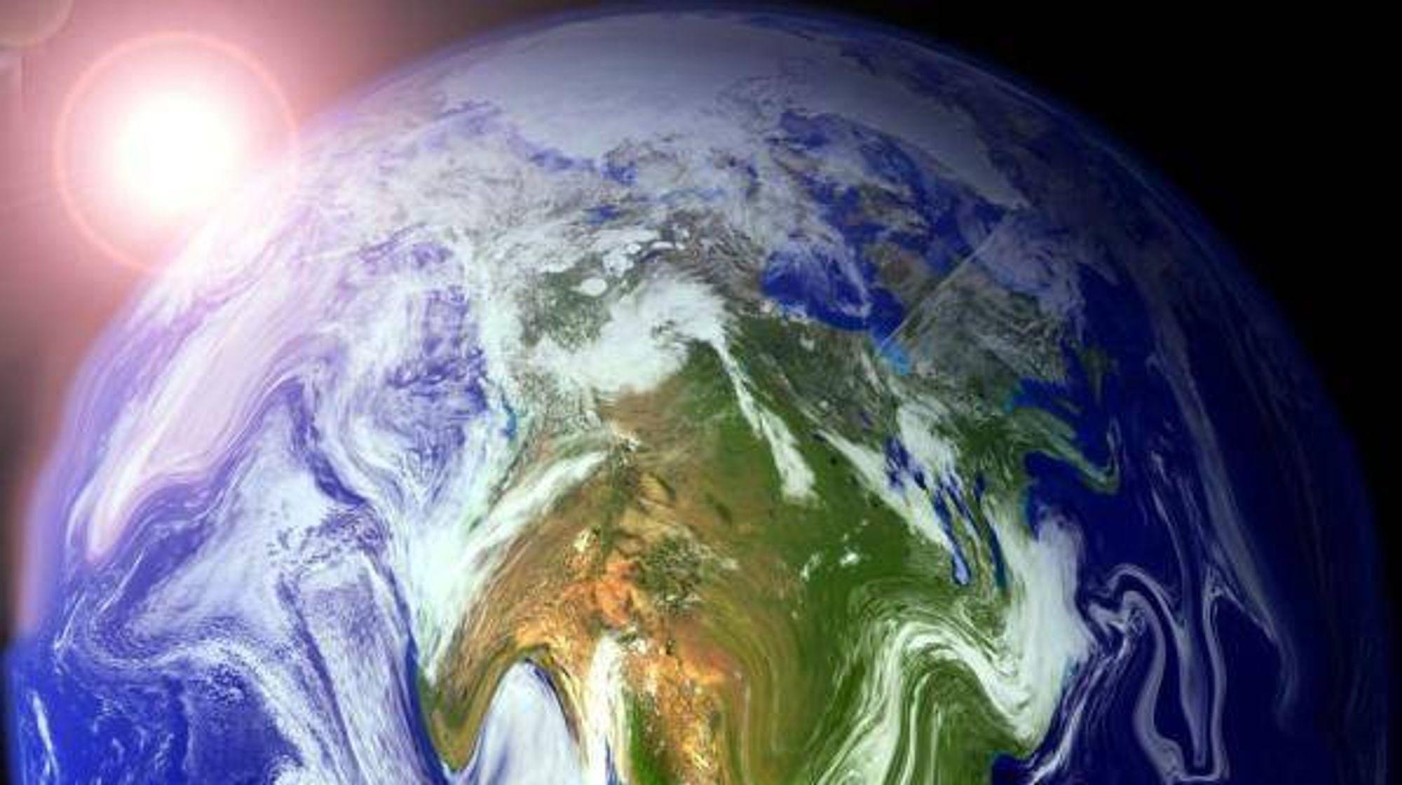 UREALISTISK: Selv om alt går vår vei både politisk, økonomisk og teknologisk, er det lite trolig at vi unngår å øke den globale temperaturen med mer enn 2 grader, konkluderer IEA.