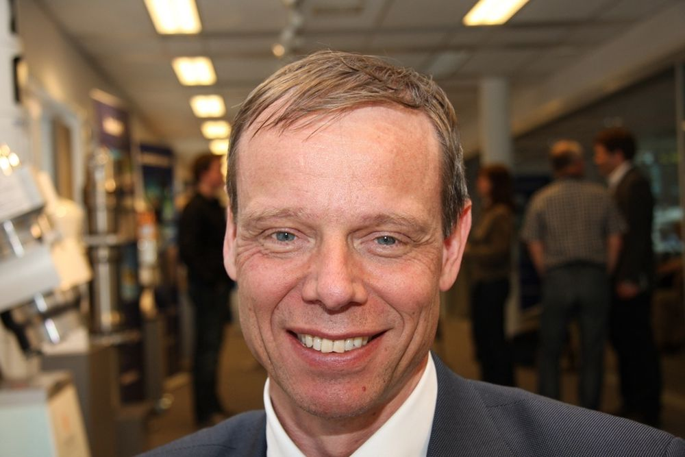 GLEDER SEG: Christer Fuglesang vet ikke hvorfor han klarte opptakskravene til ESA den gang han ble tatt ut til å bli astronaut. ¿Grunnen til at det er så vanskelig, er at ESA bare skal ha noen få astronauter, sier han beskjedent. ¿ Nå gleder jeg meg til neste tur i 2009 eller 2010, legger han til.