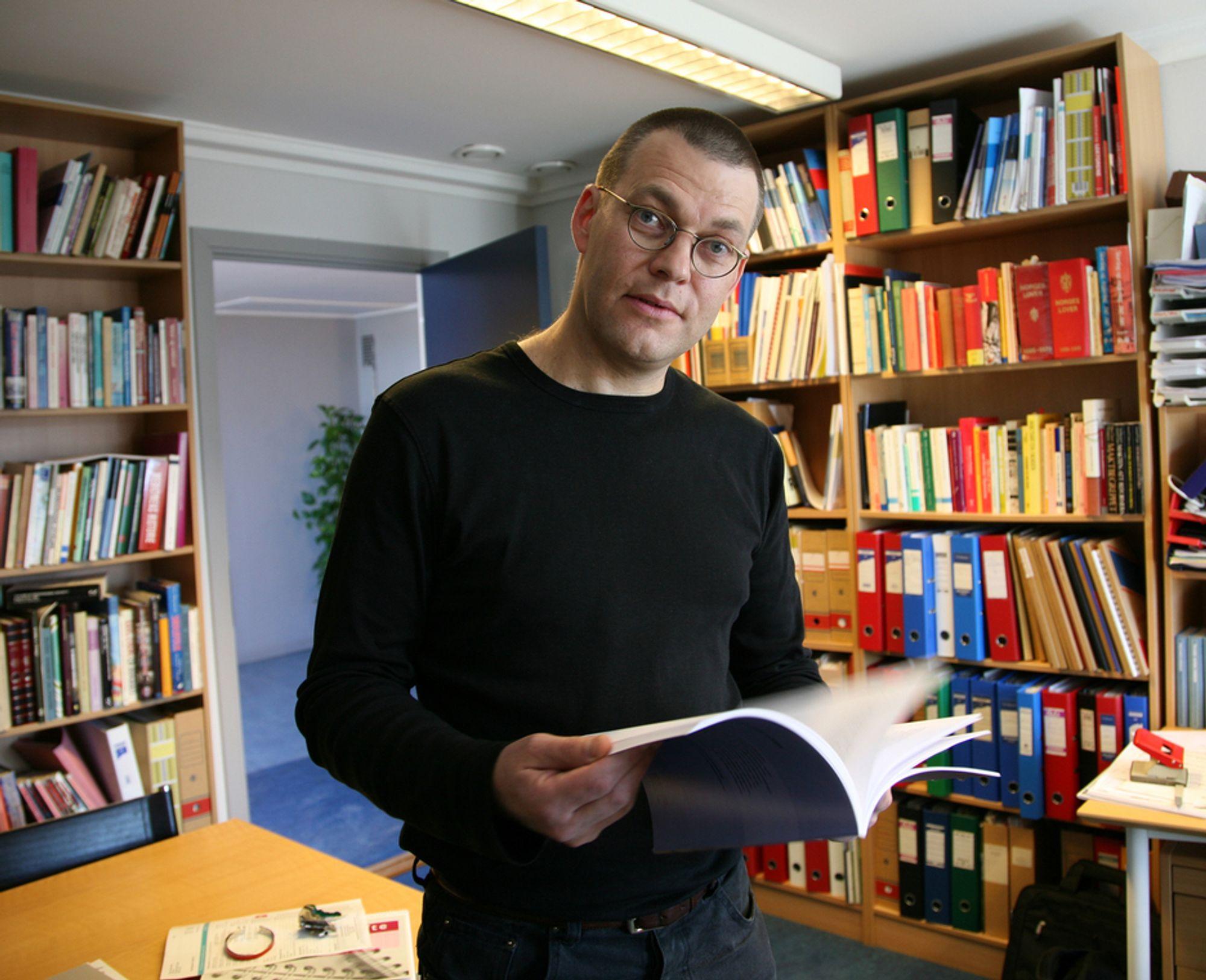 FORSKER: Slike karaktersystemer har hittil ikke vært vanlig her i landet, sier Åsmund Arup Seip.