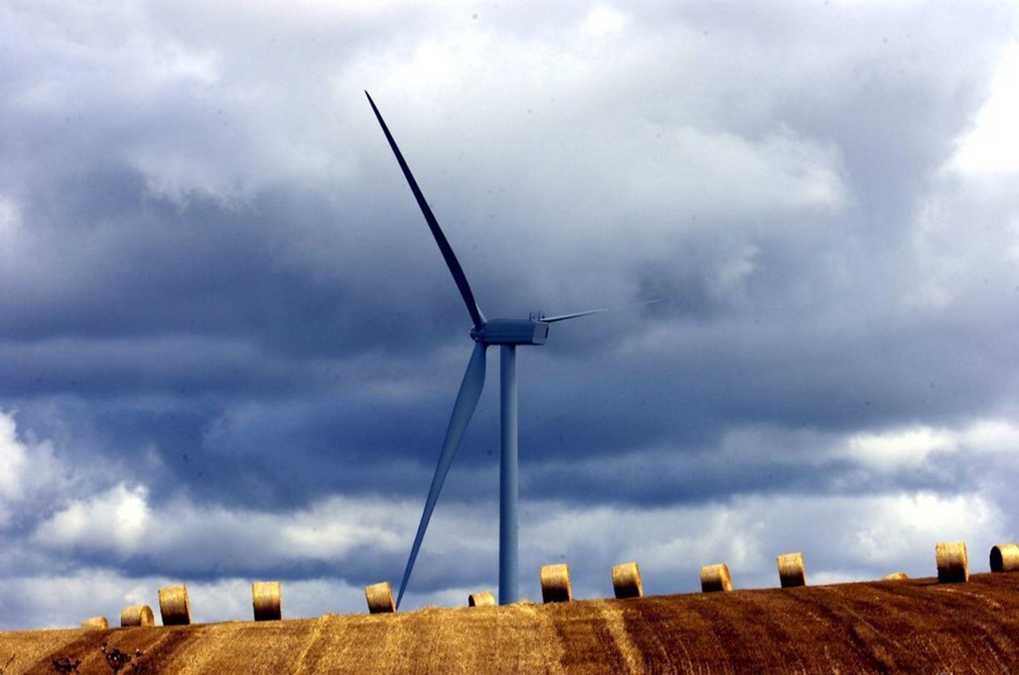 STRENGE KRAV: Kravene til de som vil søke om støtte til å bygge vindparker er så strenge, at det per i dag bare er tre aktuelle søkere.