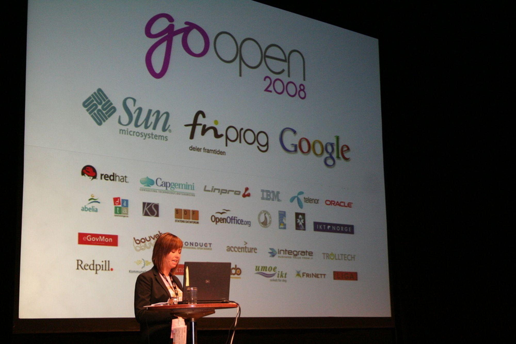 Friprogsenterets direktør Heidi Arnesen Austlid åpnet Go Open-konferansen i dag.