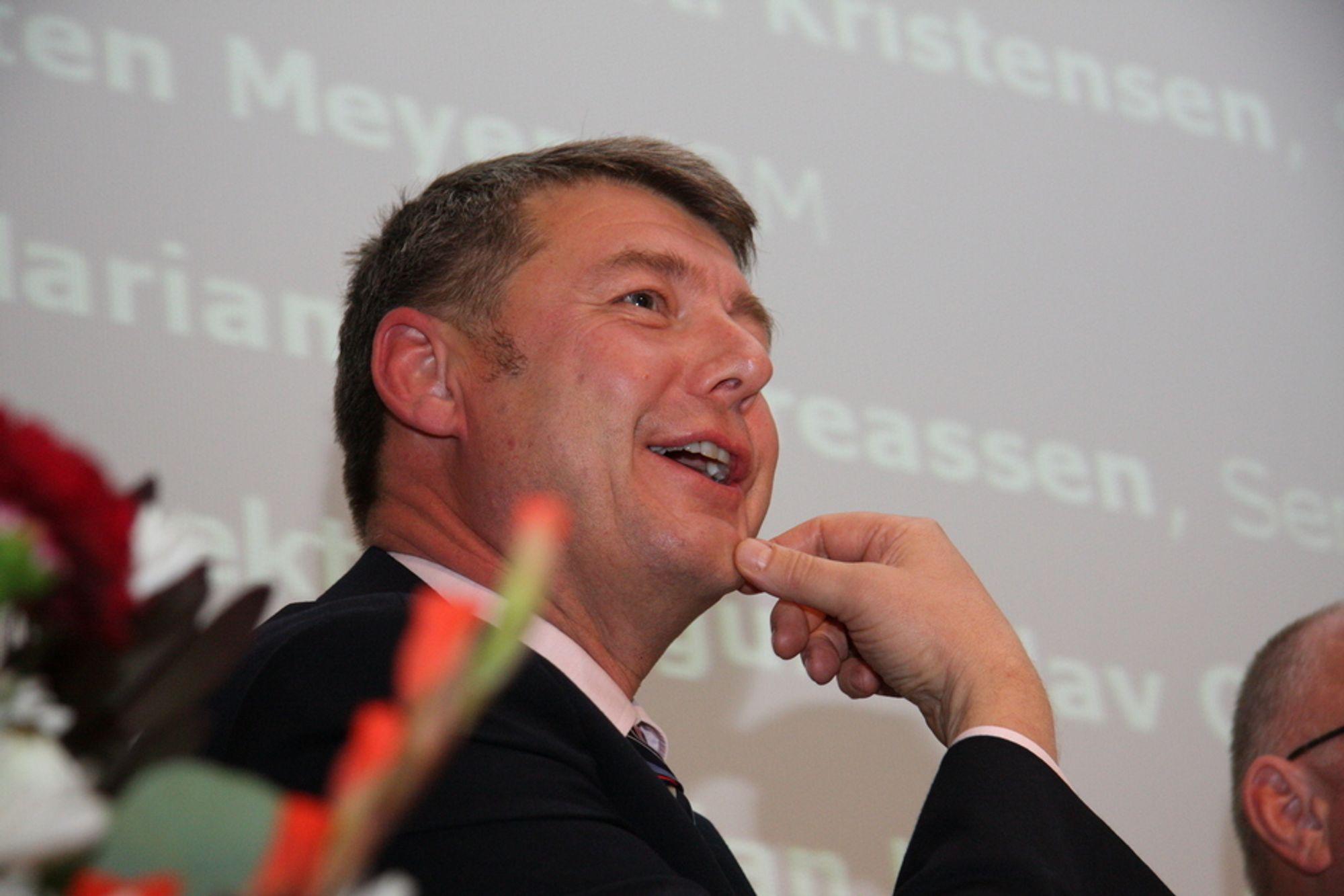 Morten Meyer fra IBM mener regjeringen må skjære gjennom for å lykkes med de statlige IT-prosjektene.