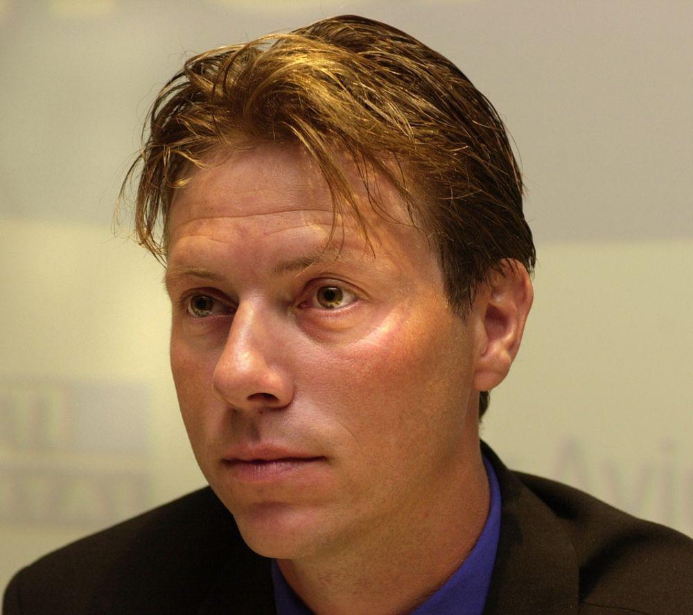 SELSKAP: Svein Erik Davidsen (40), administrerende direktør i Canal Digital Norge, synes det blir for ensomt å skulle være selvstendig næringsdrivende.