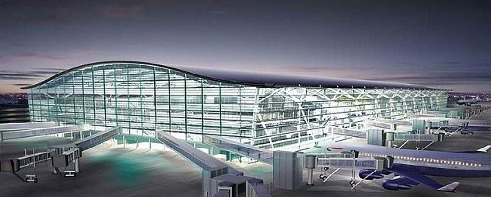 KJEMPESTOR: Terminal fem på Heathrow er 40 meter høy, 396 meter lang og 176 meter bred. Hver av de fem etasjene har et areal på størrelse med ti fotballbaner.