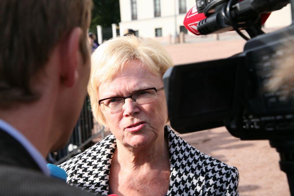 IKKE ENIG: Kommunal- og regionalminister Magnhild Meltveit Kleppa aksepterer ikke at offentlige bygg skal være en salderingspost.