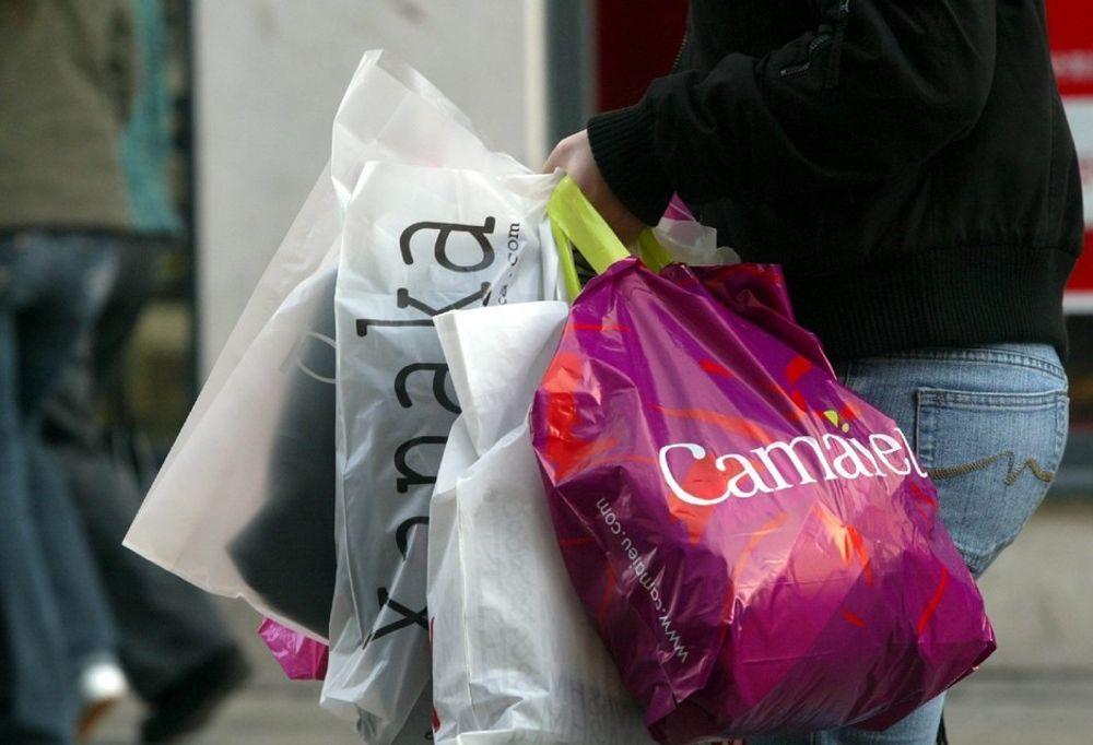 Vil fortsatt forby plastposer