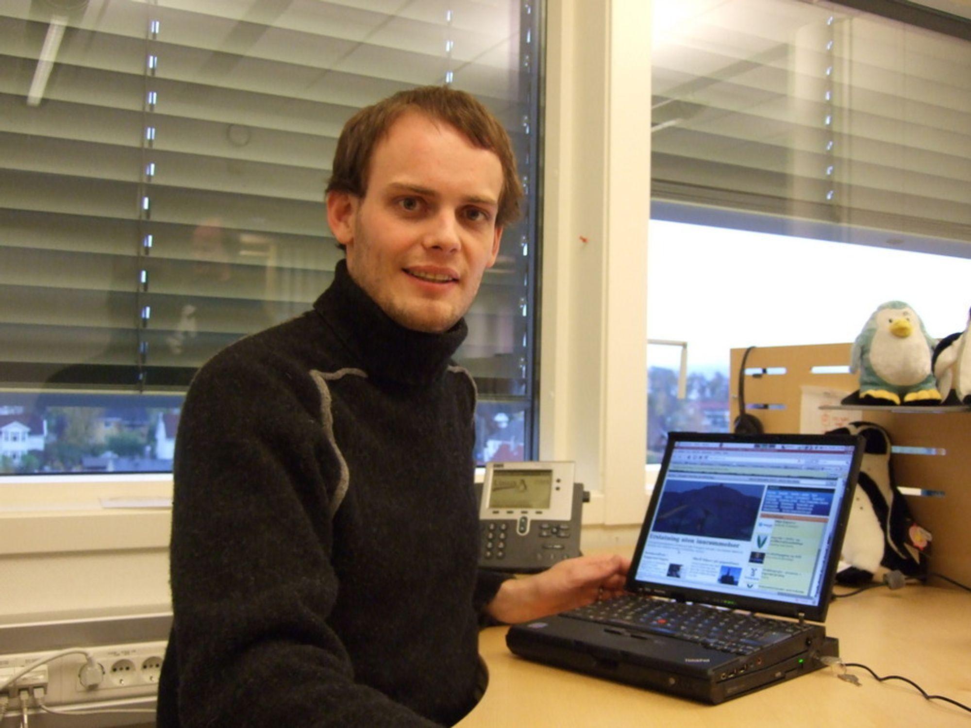 RASKERE NETTSIDER:Produktansvarlig for Varnish i Linpro, Tollef Fog Heen får nettsidene til tu.no og mange andre til laste mye raskere.