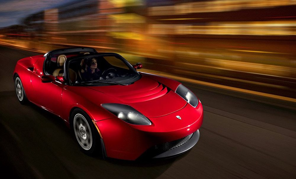 TIL EUROPA: Tesla vil gjerne selge superraske elbil i Europa, men til hvilken pris?