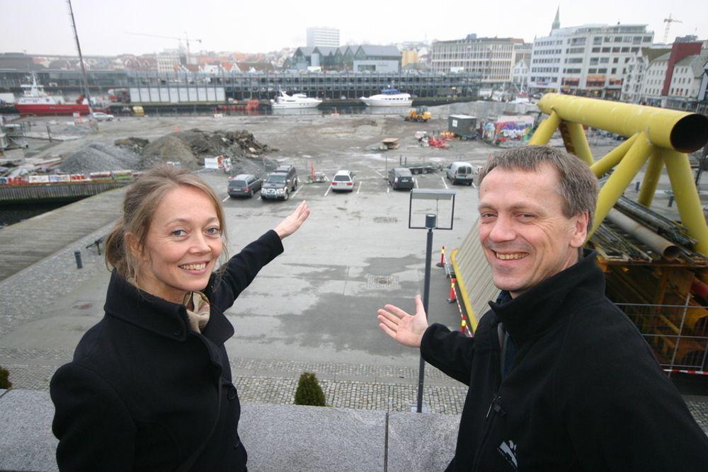 Direktør Finn Krogh ved Oljemuseet i Stavanger og arkitekt Siv Helene Stangeland vil bygg bry mellom samfunn og norsk olje- og gassteknologi. Derfor gjenskaper de det unike olje- og gassfeltet Troll i målestokk 1:500 midt i Stavanger sentrum.