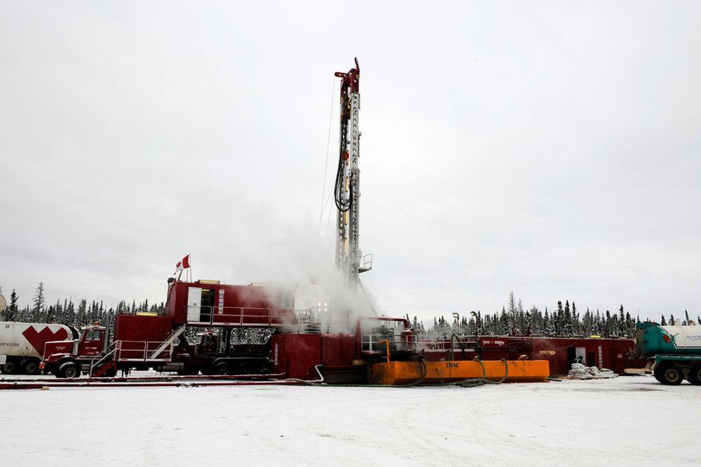WWF og Greenpeace krever at Statoil trekker seg ut av oljesandvirksomheten i Canada.