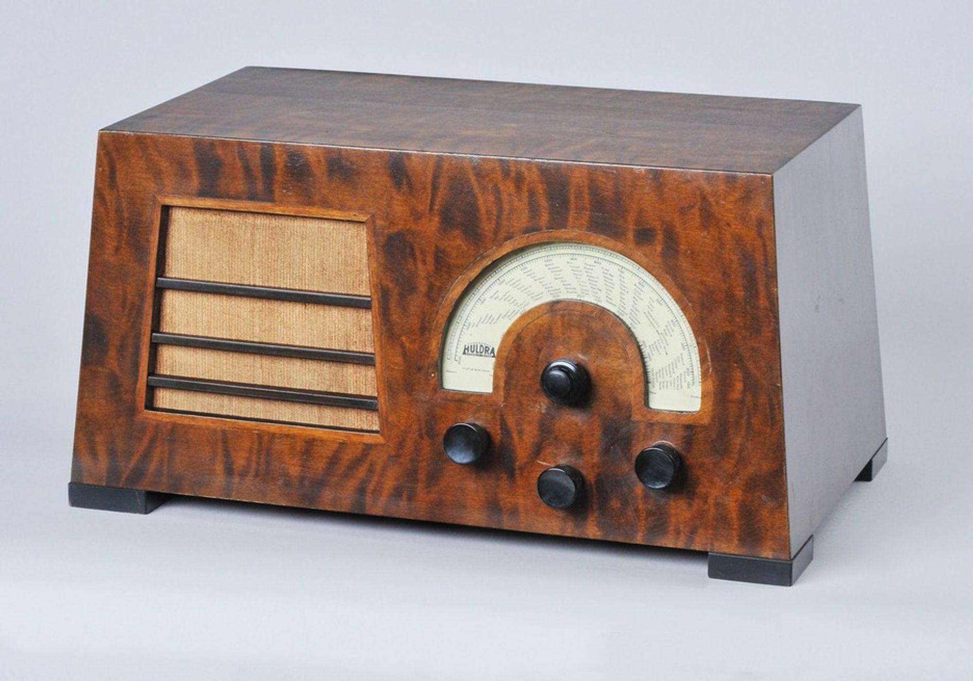 HULDRA: Huldra fra 1934  var Tandberg-fabrikkens første radioapparat.