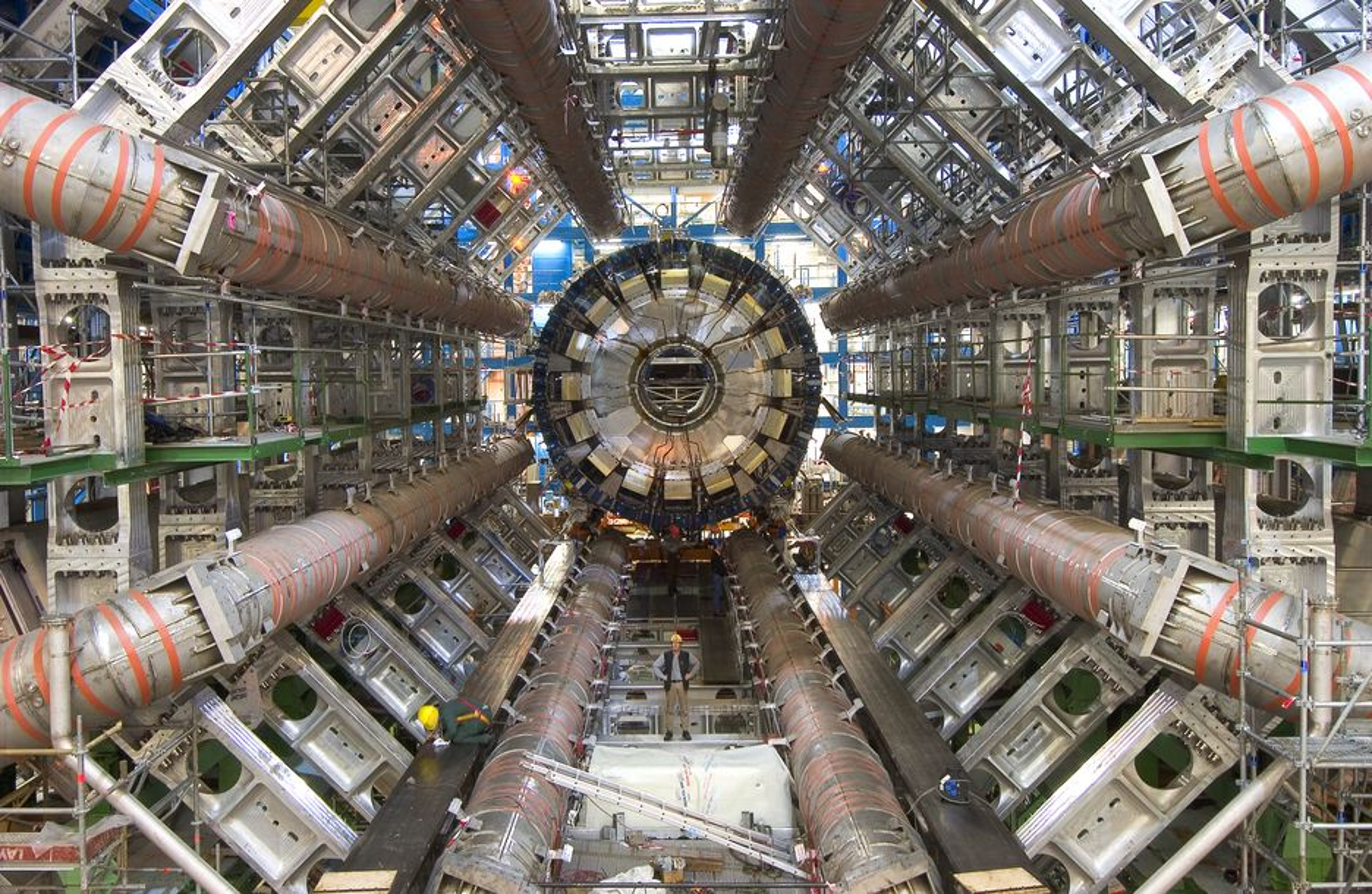 Partikkelakseleratoren ved CERN vil ikke være oppe og gå før i slutten av juni, tidligst.