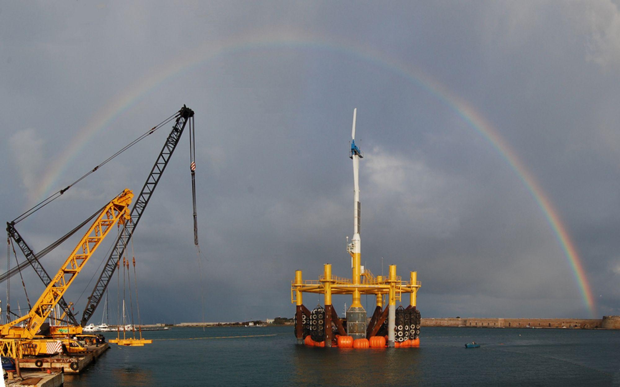 LANGT FRAMME: I løpet av høsten skal nederlandske Blue H Group sjøsette flere, større havvindturbiner utenfor kysten av Italia.