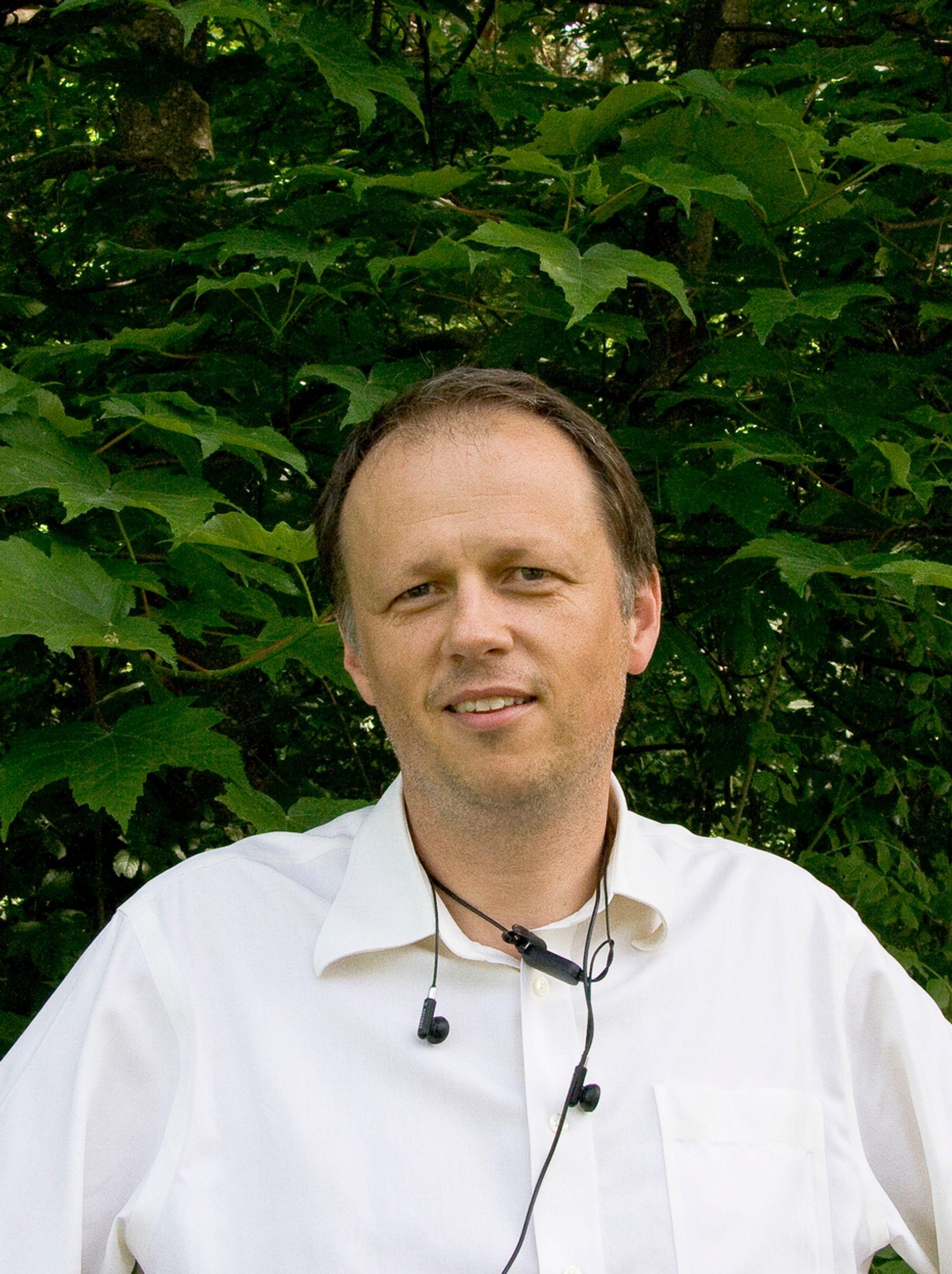 I DET GRØNNE: Sjefen for SAS Institute i Norge, Frank Møllerup tror rapportering og anlyse kan hjelpe bedrifter til å redusere utslipp.