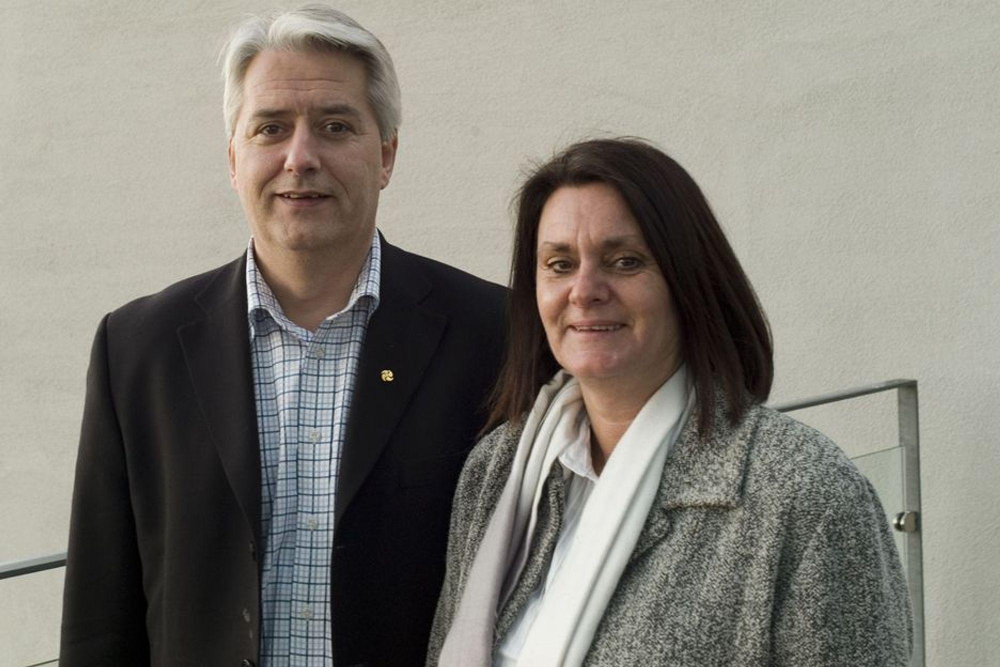 ¿ Vi skal være synlige i Bergens-området, derfor har Wärtsiläkonsernet etablert seg med eget kontor i byen, sier de to kundeansvarlige i Wärtsilä, Roy Storeng og Deanne Fossedal. De er begge på plass i nye kontorer på Skolten i Bergen.