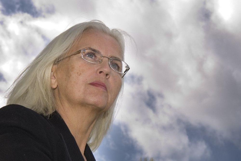 NEI TIL KJERNEKRAFT: Miljøvernminister Helen Bjørnøy advarer mot kjernekraft, og vil heller satse på CO2-håndtering, energieffektivisering og fornybar energi for å løse klimaproblemet.