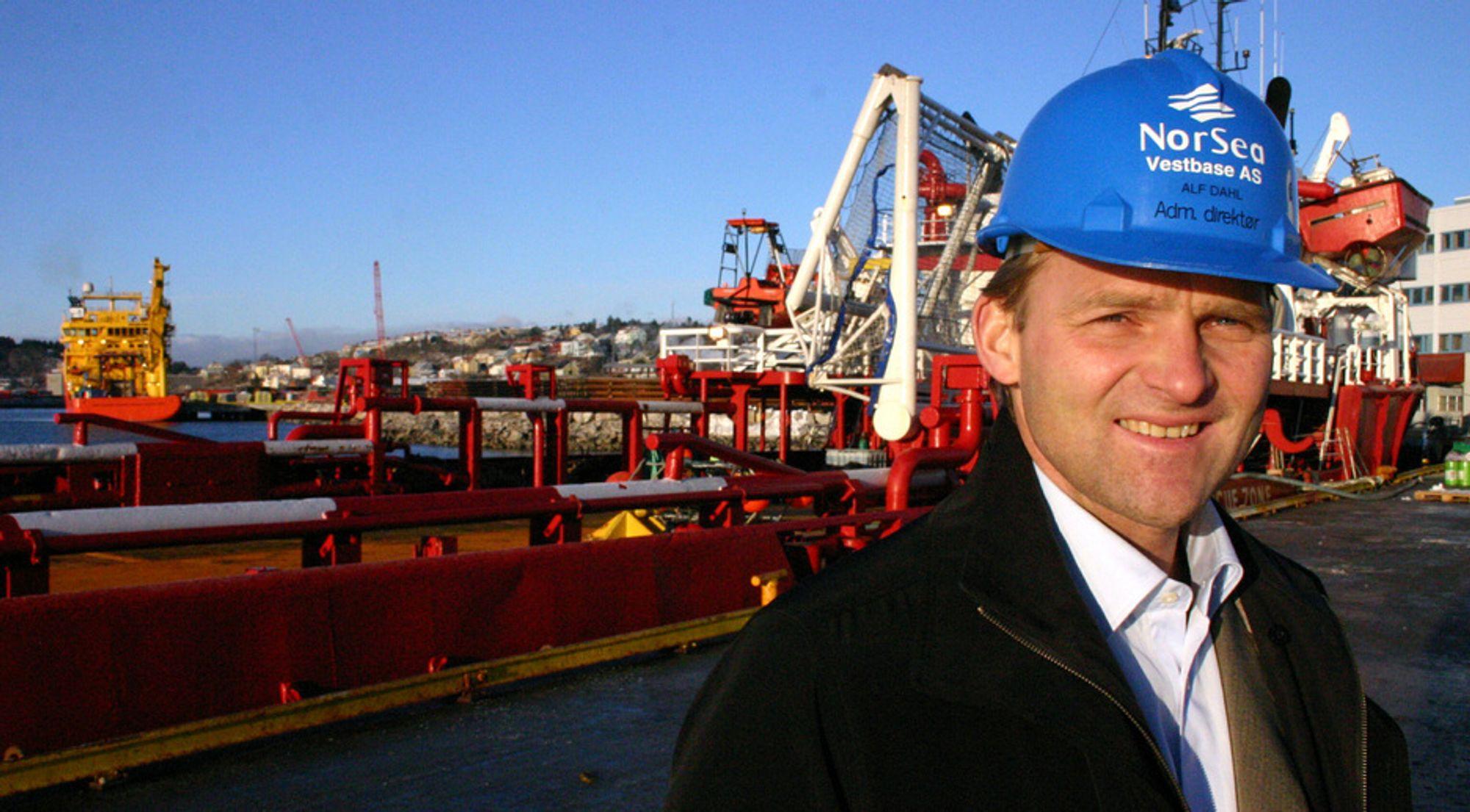 Oljebasen Vestbase i Kristiansund har vokst fra 125 til 750 ansatte de ti siste årene.  Men administrerende direktør Alf Dahl på Vestbase vil trolig møte konkurranse om den siste tomta som nå er til salgs.