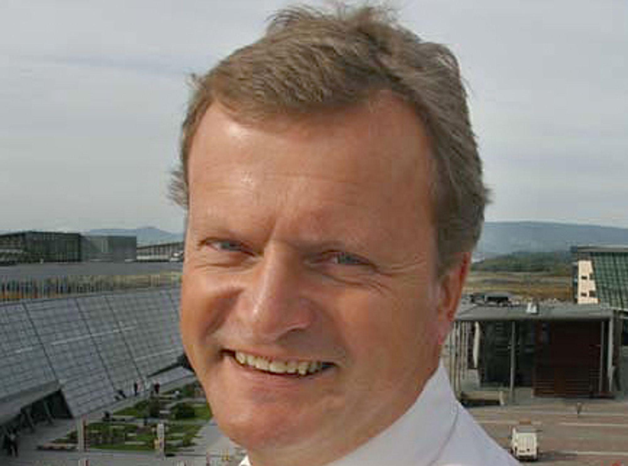GLISET: Konsernsjef Jon Fredrik Baksaas er fornøyd med at Telenor fortsatt vokser i Norge i andre kvartal 2007.